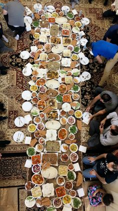 Afghanistan Food, Kurdish Food, Moroccan Restaurant, Mercedes Car, Islamic Quotes, Kitchen Dining, Catering, Food Photography, Kitchens