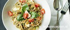 Snelle pasta met avocadosaus | Lekker!