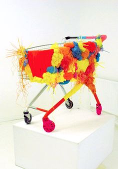 Kat Button -This isn't just any shopping trolley. Yarn Bombing, Gcse Art, Button Art, Street Artists, Rug Hooking, Crochet Yarn, Textile Art, Fiber Art, Gcse 2017