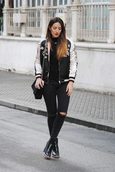 Floral Bomber Jacket, Mom Outfits, Look Fashion, Ootd, Celebs, Bomber Jackets, Spring 2016, Chic, My Style