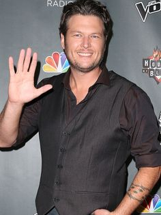 Blake Shelton, good looking and a great personality!