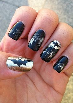 Batman Nail design. I so want this done to mine. I love me some Batman