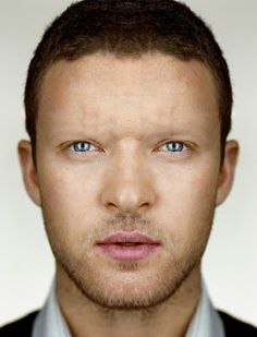 Justin Timberlake with no eyebrows www.thebrighterwriter.blogspot.com