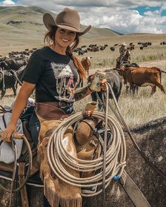 cowboys and cowgirls Idaho Outdoorsman Sexy Cowgirl, Cowgirl Mode, Foto Cowgirl, Cute Cowgirl Outfits, Estilo Cowgirl, Country Style Outfits, Cowboy Girl, Cowgirl And Horse, Cowboy Up