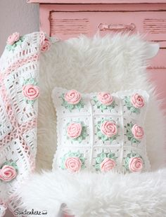https://flic.kr/p/qsWqCS | Flower Cushion | www.suendenherz.de/