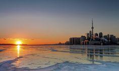 BREAKING NEWS: Toronto Police Raiding Dispensaries in Citywide Crackdown