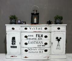 painted dresser - En Vintage Drøm