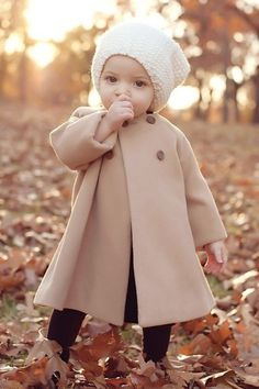 cute kids 13 How cute are these kids outfits? photos) cute kids 13 How cute are these kids outfits? So Cute Baby, Cool Baby, Adorable Babies, Fantastic Baby, Cute Baby Stuff, Cute Little Girls, Little Ones, Baby Girl Fashion, Fashion Kids