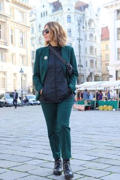 Styling tips for a pantsuit!
