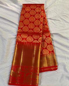 Image may contain: indoor Latest Silk Sarees, Crepe Silk Sarees, Silk Saree Kanchipuram, Chiffon Saree Party Wear, Bridal Silk Saree, Pattu Sarees Wedding, Wedding Saree Blouse Designs, Pattu Saree Blouse Designs, Kids Saree