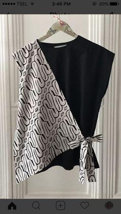 Best 12 combed between batik & black solid Batik Fashion, Fashion Sewing, Diy Fashion, Fashion Dresses, Maxi Dresses, Tutu Skirts, Party Dresses, Trendy Fashion, Blouse Batik