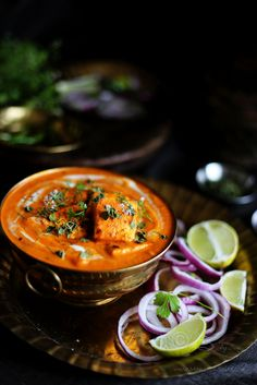 Shahi paneer recipe simple and easy restaurant style paneer curry recipes. Easy Paneer Recipes, Paneer Curry Recipes, Popular Indian Food, South Indian Food, Indian Fish Recipes, Vegetarian Recipes, Cooking Recipes, Veg Recipes, Indian