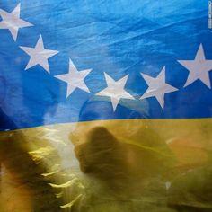 ¿Podría la consulta popular cambiar el rumbo de Venezuela? by CNN en Español | Free Listening on SoundCloud