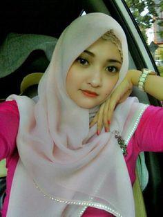 Tahukah Agan, Siapa Nama Gadis Cantik ini?