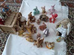 Easter Bunnies http://rattisrandomrants.blogspot.de/2014/04/holy-days-in-plushiland-easter-for.html