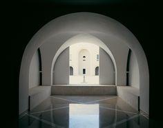 Supreme Court Building in Jerusalem,Courtesy of  ada karmi-melamede architects