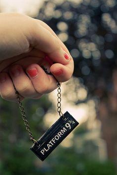 Harry Potter necklace. I wanttt. #harrypotter