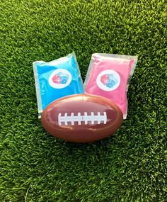 ONE empty football with two colors Football Gender Reveal, Gender Reveal Ideas, Gender Reveal Baseball, Gender Reveal Ideas, Baseball Gender Baseball Gender Reveal, Confetti Gender Reveal, Gender Reveal Shirts, Gender Party, Baby Gender Reveal Party, Football Themes, Football Baby, Gender Reveal Party Decorations, Reveal Parties