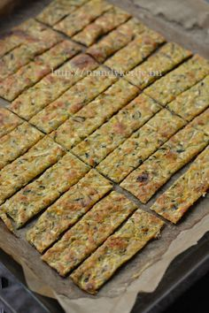 Cukkinis ropogós Healthy Diet Snacks, Healthy Diet Plans, Quick Snacks, Scottish Oat Cakes, Vegan Recipes, Cooking Recipes, Food Processor Recipes, Food Porn, Good Food