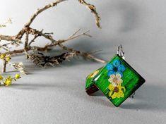 Cercei botanici , Cercei din lemn natural si flori naturale, Cercei din rasina cu flori naturale, Cercei verzi