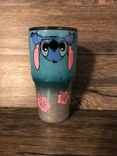 The love for Disney, LILO and Stitch. Customize this beautiful cup with your name. Please include these notes at checkout if you request personalization. >>>>>> Our double walled, stainless steel tumbler is Lelo And Stitch, Lilo Y Stitch, Cute Stitch, Diy Tumblers, Personalized Tumblers, Custom Tumblers, Insulated Tumblers, Peluche Stitch, Disney Tassen
