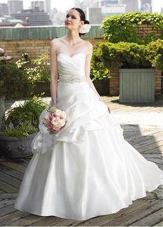 STUNNING TAFFETA A-LINE STRAPLESS SWEETHEART BRIDAL DRESS WITH LACE  APPLIQUES BEADINGS MANMADE DIAMONDS Wedding 89e1ebbf8037