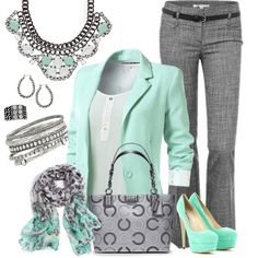 Premier Designs Pastel Perfect. I already have the necklace, so I just need to get everything else. Lol