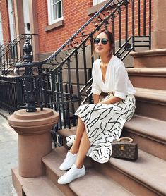 5 Fashion-Forward Pieces That Will Up Your Spring Wardrobe # spring Fashion 5 Fashion-Forward Pieces That Will Up Your Spring Wardrobe Gary Pepper Girl, New York Outfits, New York Street Style, New York Style, Fashion 2020, New York Fashion, Look Fashion, Fashion Outfits, Street Fashion
