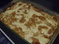 Apple Kuchen (Apfel Kuchen) - This so easy and soooo delish! German Desserts, Just Desserts, Delicious Desserts, Dessert Recipes, Yummy Food, German Recipes, Apple Pie Recipes, Sweet Recipes, Yummy Recipes