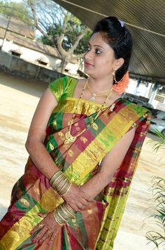 Beautiful Girl Indian, Most Beautiful Indian Actress, Beautiful Saree, Beautiful Women, Indian Natural Beauty, Indian Beauty Saree, Indian Sarees, Silk Sarees, Kerala Saree
