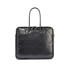 The Newest It Bags Fashion Girls Are Investing In b0cff0322b2cd