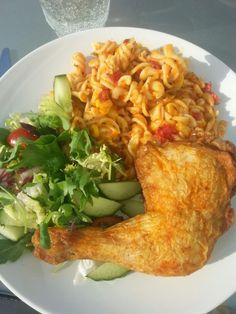 Grillad kyckling och pastassllad