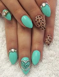 Green sparkly and leopard print nails