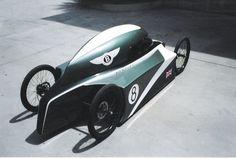 2004 Gravity racer by Alberto Hernandez Mendoza //