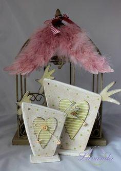 Dekorácia sliepočka drevená, malá Wooden Crafts, Diy And Crafts, Arts And Crafts, Easter Gift, Easter Crafts, Summer Crafts, Holiday Crafts, Barn Board Projects, Block Craft