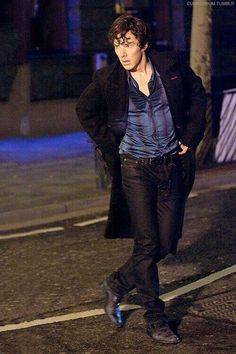 Sherlock in jeans from the pilot. Awesome pic! He looks like a model!  But I like the style they gave Sherlock for the series much better!  I have to have it here AND on the Sherlocked board!!