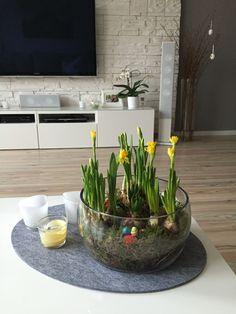 kinderzimmerlampe aus papier mit schmetterlingen selbst basteln wanddeko schmetterlinge und. Black Bedroom Furniture Sets. Home Design Ideas