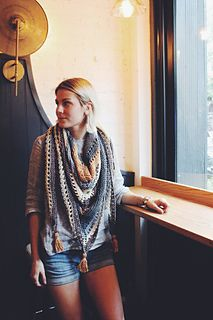 Coffee Shop Wrap by Two of Wands // Free Knitting Pattern // Triangle Scarf Tassel Shawl Wrap