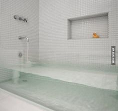 Cool clear bathtub