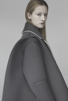 Sculptural Fashion - grey coat with oversized silhouette, contemporary fashion design // Matilda Norberg