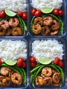 This Blackened Shrimp Meal Prep recipe is one of my favorite meal prep recipes! The Blackened Shrimp healthy and is high in protein. It's also low-carb and Keto friendly. HOW TO MAKE THE BLACKENED SHRIMP MEAL PREP: First, you marinate the shrimps. Lunch Meal Prep, Meal Prep Bowls, Easy Meal Prep, Healthy Meal Prep, Easy Healthy Recipes, Healthy Drinks, Easy Meals, Meal Prep Recipes, Food Meal Prep