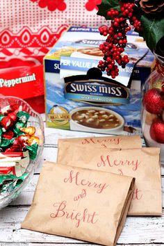 Hot Cocoa Gift Packs perfect for gifting on-the-go! via @sheenatatum