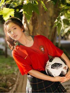 Ulzzang Korean Girl, China Girl, Asian Celebrities, Girl Photography Poses, Girl Short Hair, Chinese Actress, Cute Korean, Beautiful Asian Girls, Stylish Girl