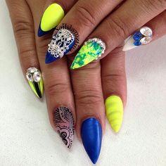 Summer Nail Art Design | Blue and Yellow
