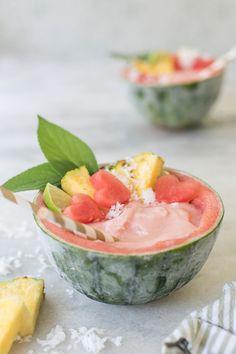 Watermelon Piña Coladas #pinacolada #summer #cocktails #frozen #watermelon #fruits