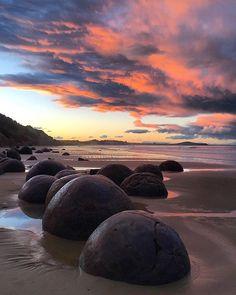 Shores crafted by time. #NZMustDo [📍Moeraki Boulders, Waitaki. 📷: @sophiachristie]  #Travel #NewZealand #NZ #Nature