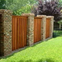03 easy creative privacy fence design ideas