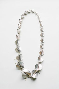 Silver fold formed necklace; contemporary jewellery design // Beate Klockmann