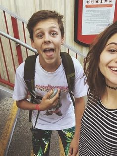 Jacob and Olivia. This is so cute but his pants are confusing me haha Jacob Bertrand, Karate Kid Cobra Kai, Marvel Photo, Best Duos, Best Tv Shows, Future Husband, Cute Boys, Actors, T Shirts For Women