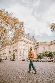 Although the weather is starting to dwindle, I love the fall for its colours but also because it's a great time to wear some cozy knits… Fall Fashion Outfits, Autumn Fashion, Autumn Street Style, Autumn Inspiration, Hot, What To Wear, Turtle Neck, Weather, Colours